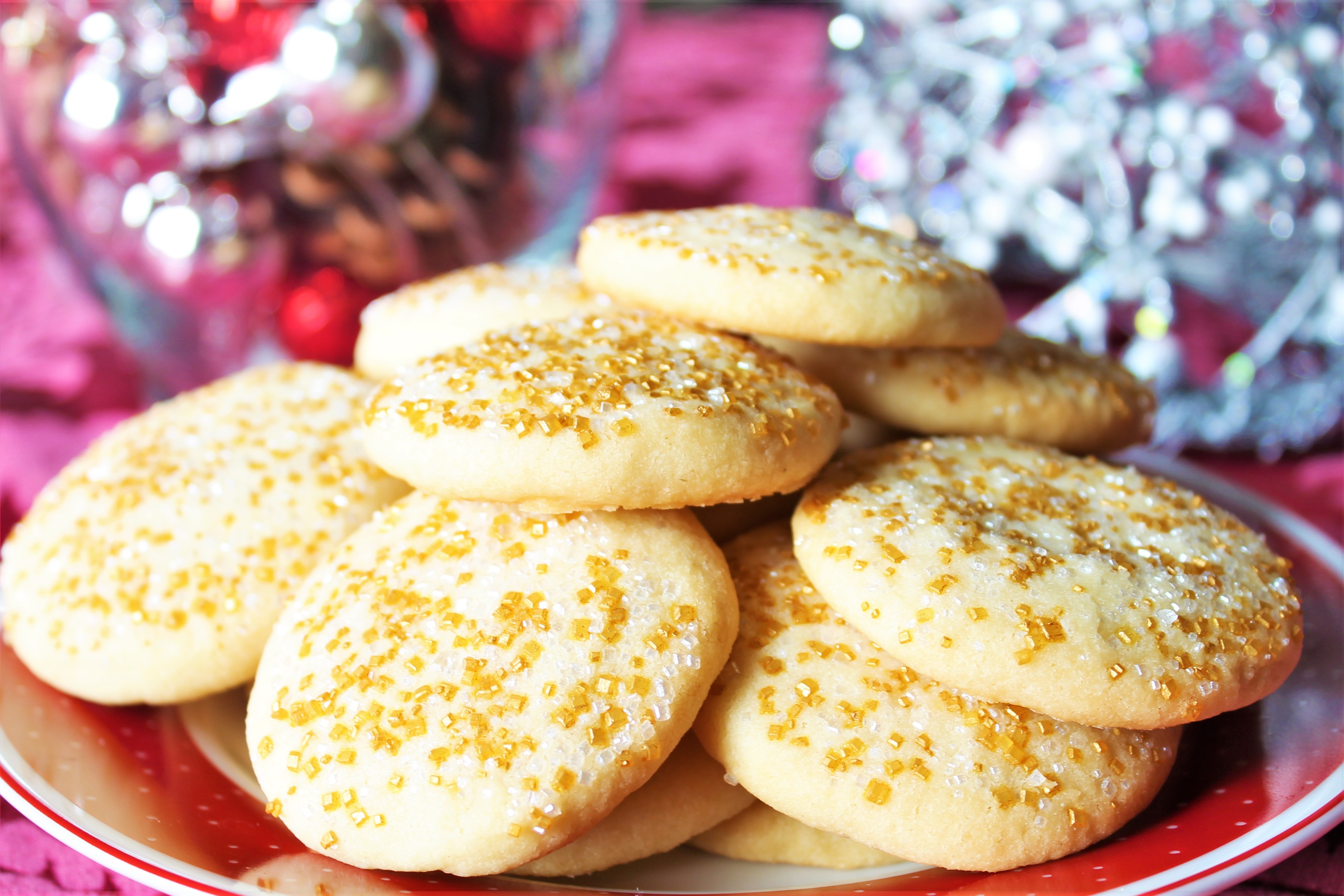 Classic Whipped Shortbread Cookies